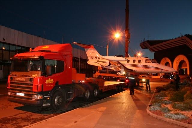 Наземная транспортировка частных самолетов